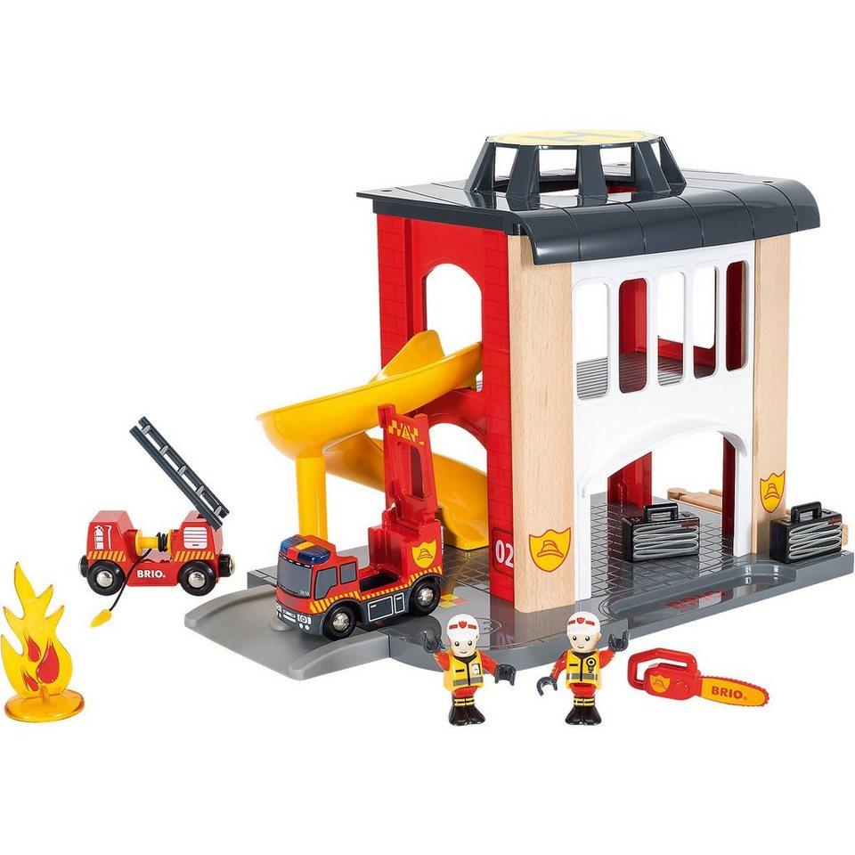 BRIO 33833 Große Feuerwehr-Station mit Einsatzfahrzeug