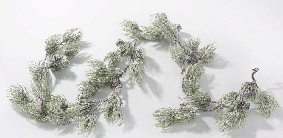 Kiefergirlande, leicht beschneit in grün/weiß