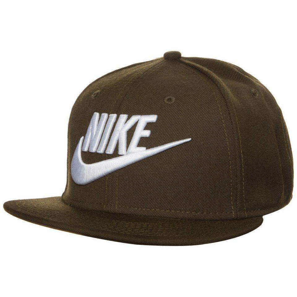 Nike Sportswear Futura True 2 Snapback Cap in oliv / weiß