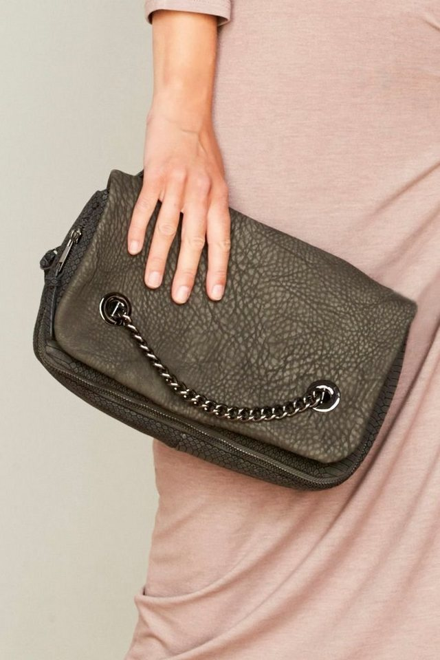 Next Handtasche mit Kettendetail in Grey