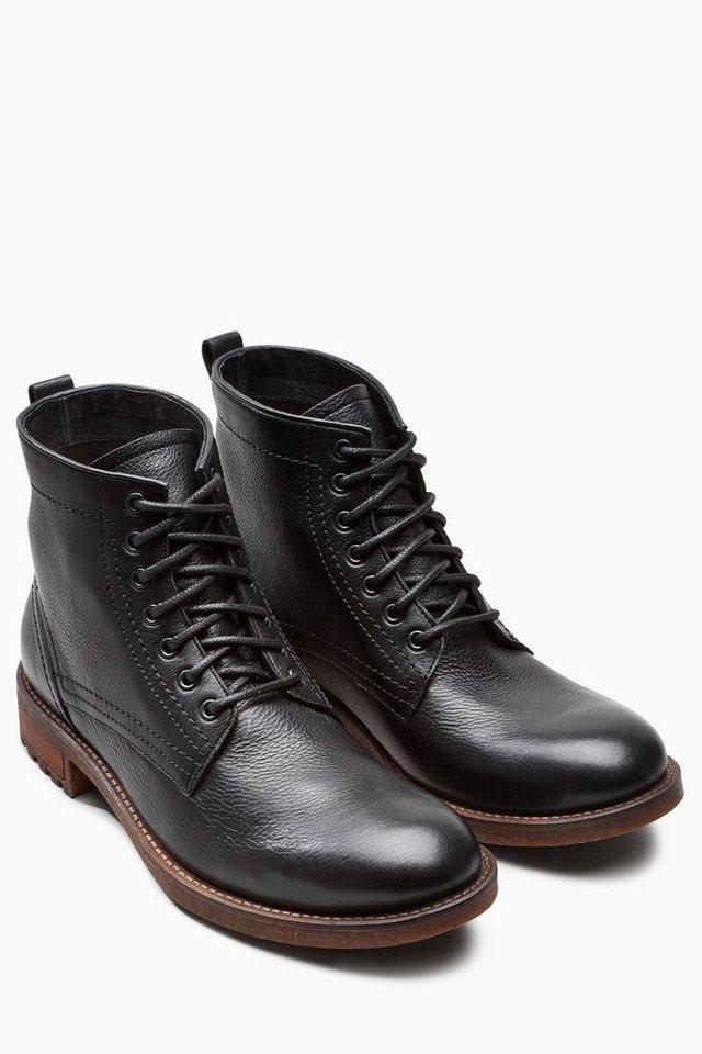 Next Stiefel aus Leder mit Profilsohle in Black