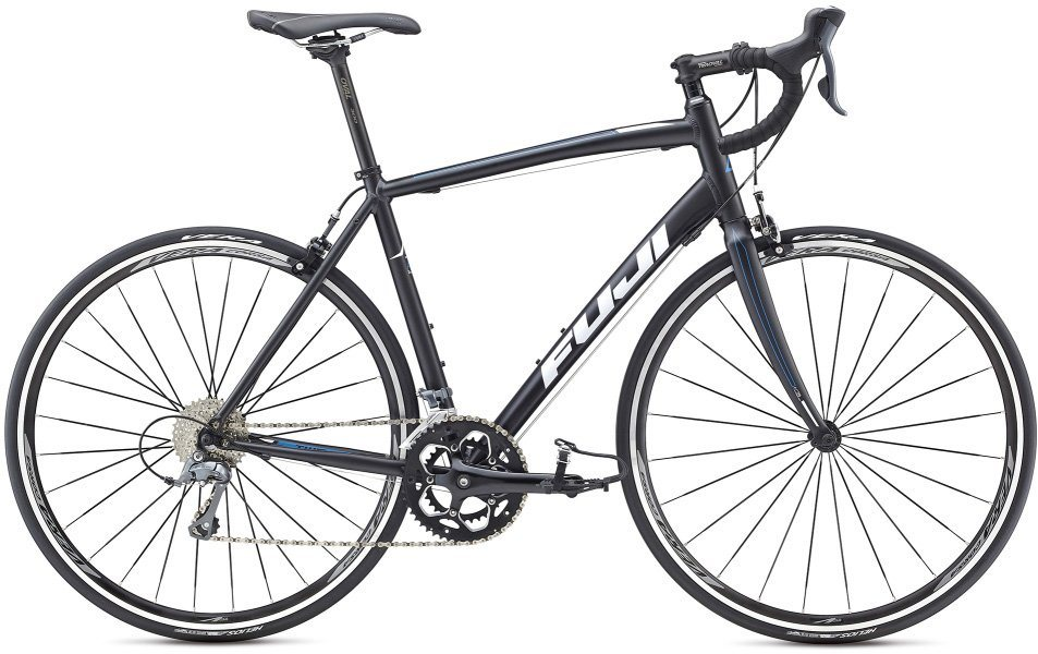 Fuji Herren Rennrad, 28 Zoll, 16 Gang Shimano Claris Kettenschaltung, »Sportif 2.3« in Schwarz-Weiß
