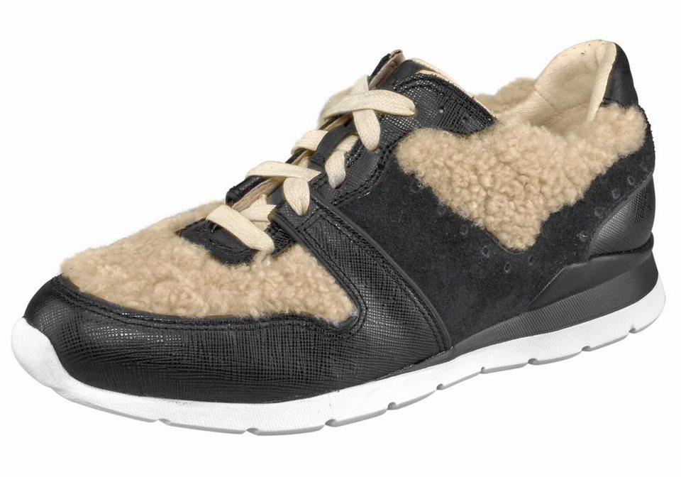 UGG »Deaven« Sneaker im Materialmix in schwarz-beige
