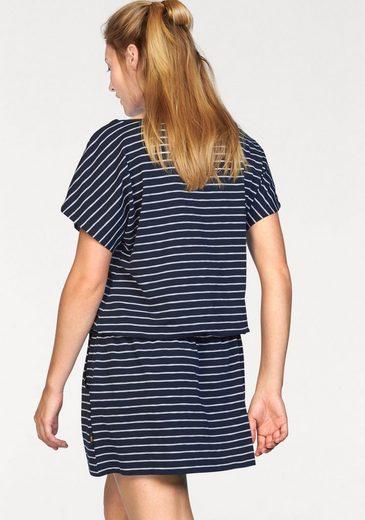 Jack Wolfskin Jerseykleid TRAVEL STRIPED DRESS, aus leichter Shirtware