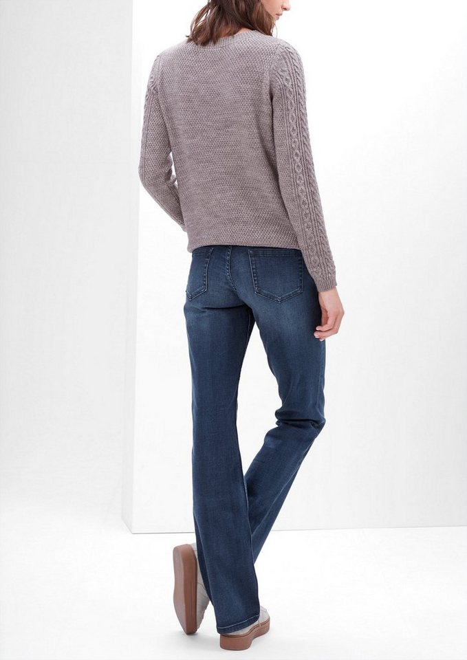 s.Oliver RED LABEL Smart Bootcut: Flared Stretch-Jeans in blue denim stretch