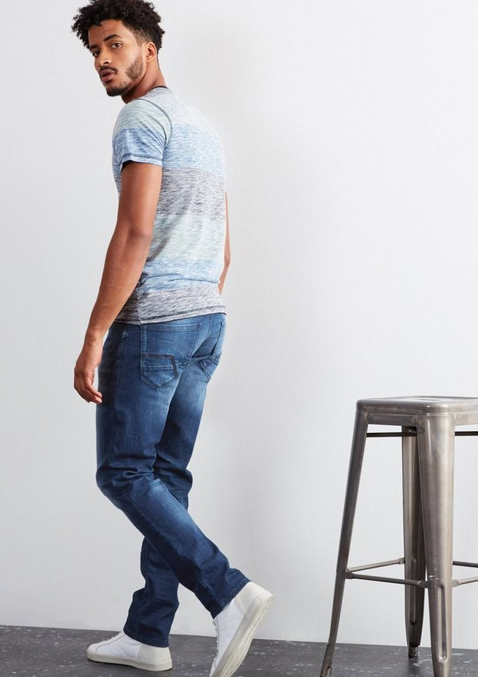 Q/S designed by Pete Straight: Used-Jeans in ocean blue