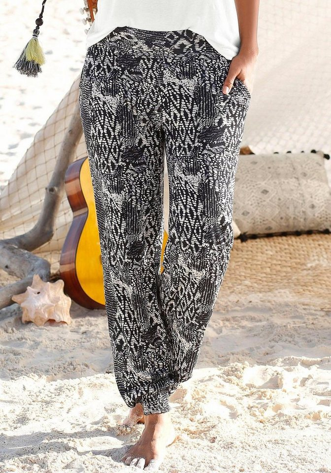 Buffalo London Strandhose in schwarz-creme bedruckt