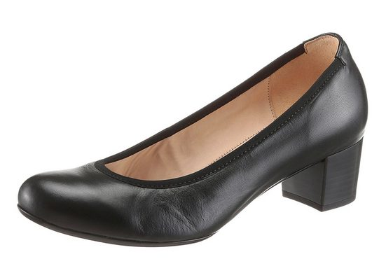 Gabor Pumps, In Classic Form