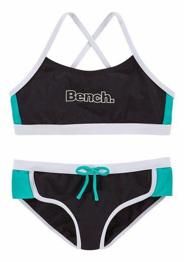 Bench. Bustier-Bikini mit Kontrastdetails