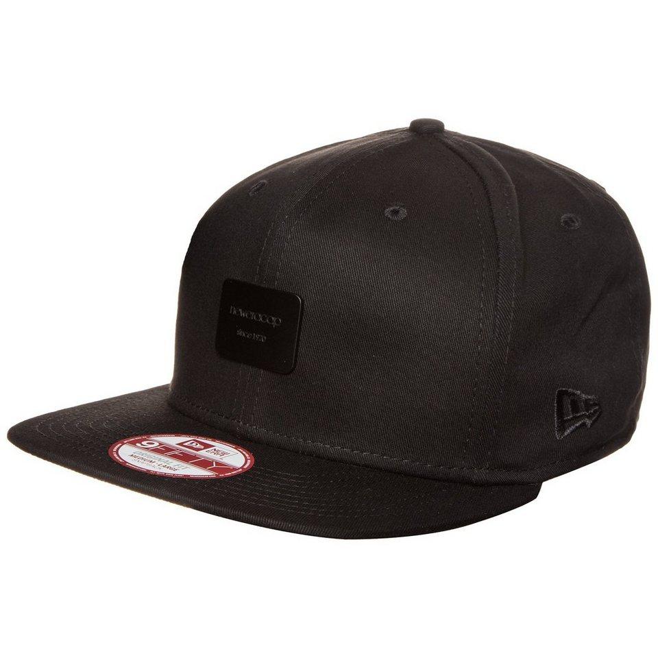 New Era 9FIFTY Metal Badge New Era Snapback Cap in schwarz