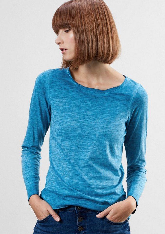Q/S designed by Flammgarnshirt in Garment Dye in turquoise