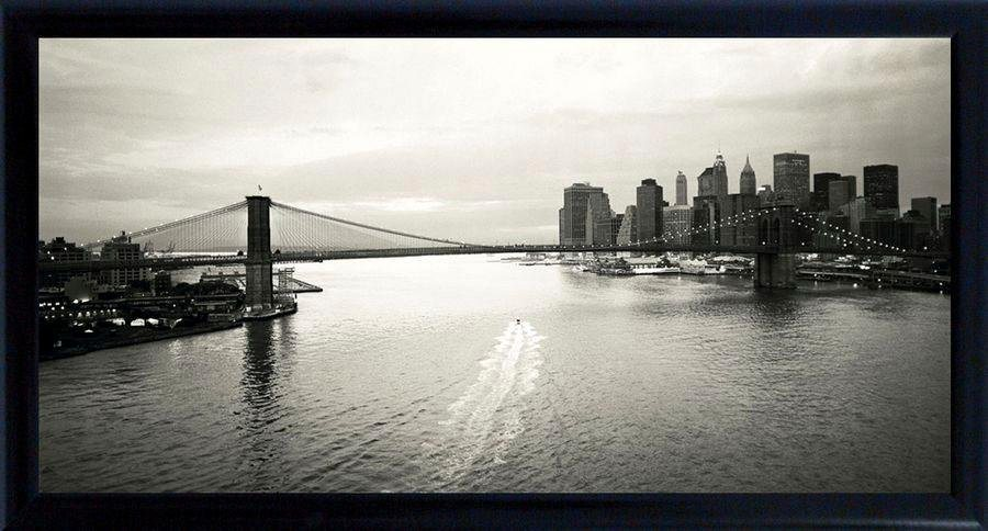 Premium Picture Schattenfugenbild »Brooklyn Bridge/New York mit Boot«, 100/50 cm in schwarz/weiß