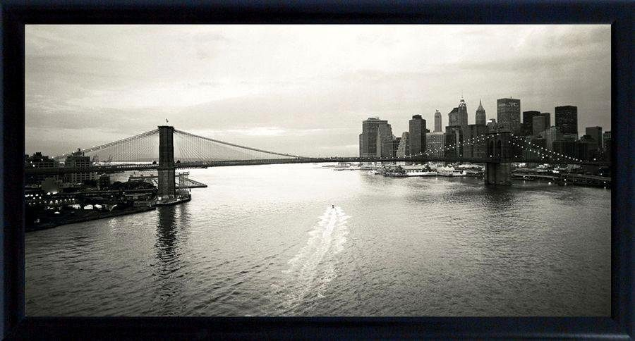 Premium Picture Schattenfugenbild »Brooklyn Bridge/New York mit Boot«, 100/50 cm