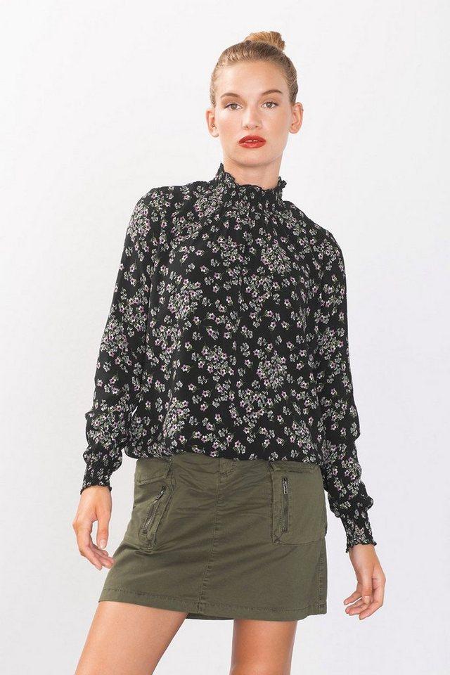 ESPRIT CASUAL Bluse mit hohem Kragen in BLACK
