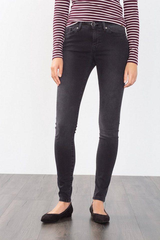 EDC Super stretchige Jeans mit Gürtel in BLACK DARK WASHED