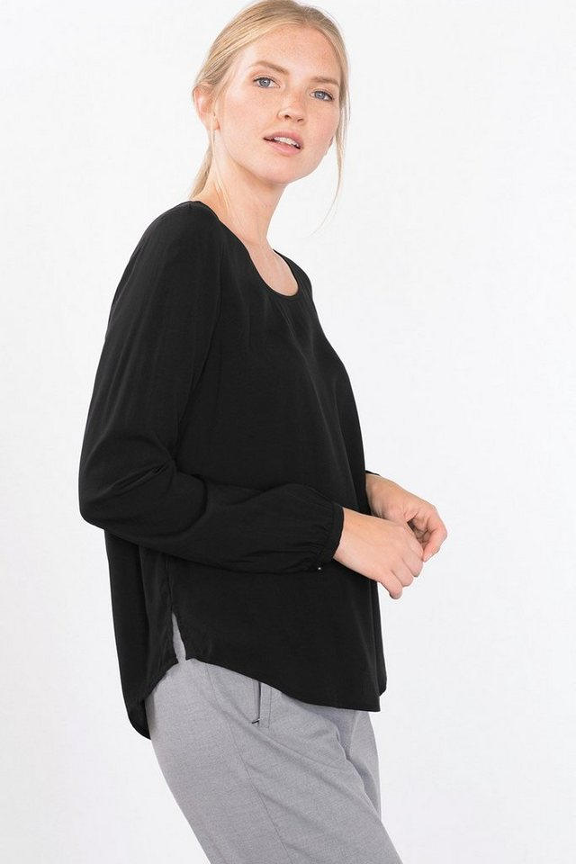 ESPRIT CASUAL Fließende Basic-Bluse mit Rundhals in BLACK