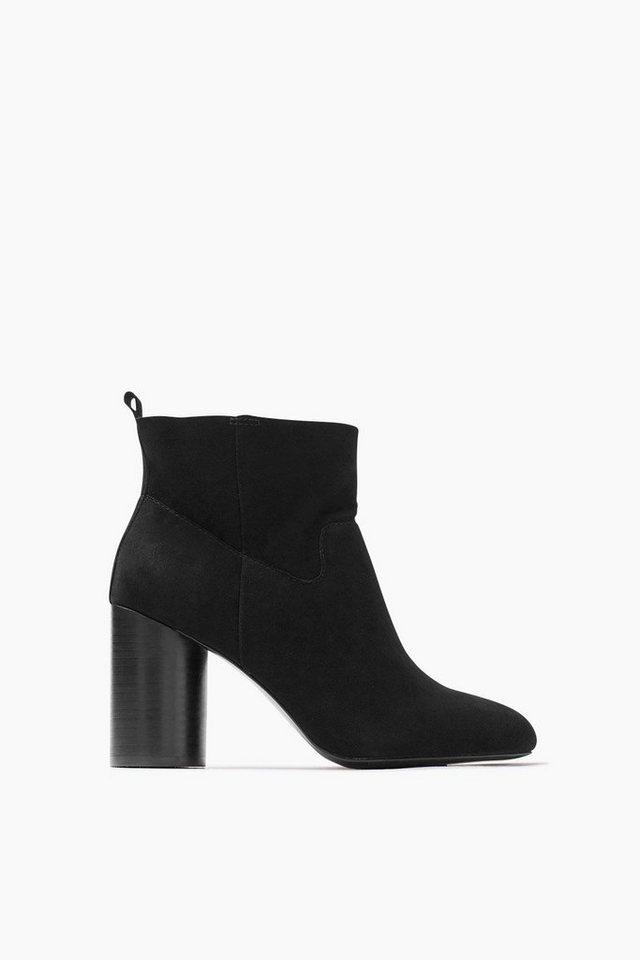 ESPRIT CASUAL Rauleder Fashion Bootie in BLACK
