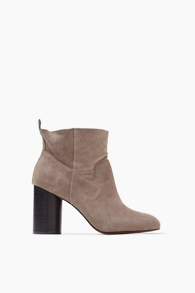 ESPRIT CASUAL Rauleder Fashion Bootie in GREY