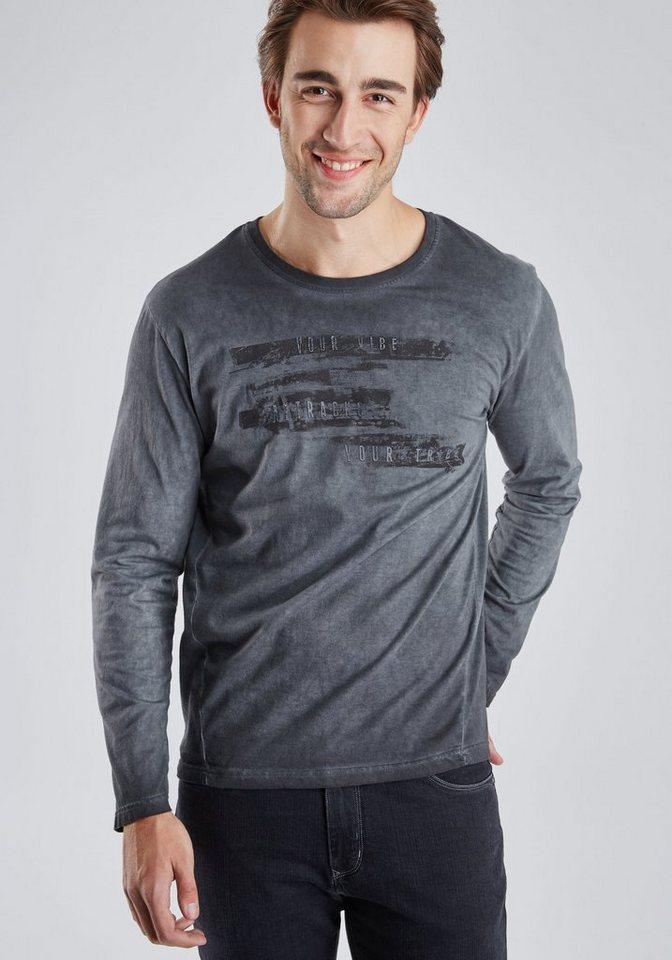 PIONEER Langarm Shirt in schwarz