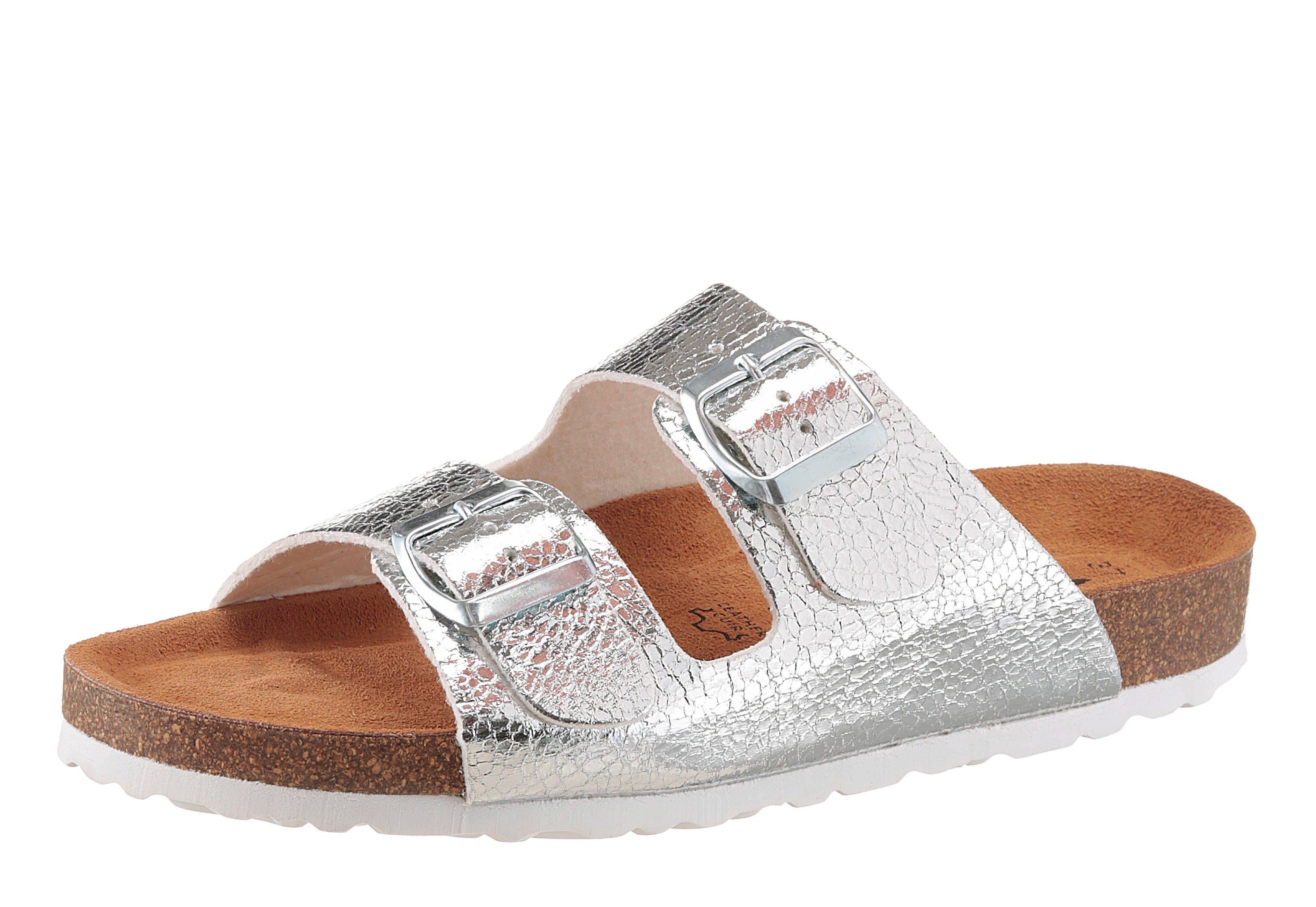 Tamaris Pantolette, in trendigem Metalliclook  silberfarben