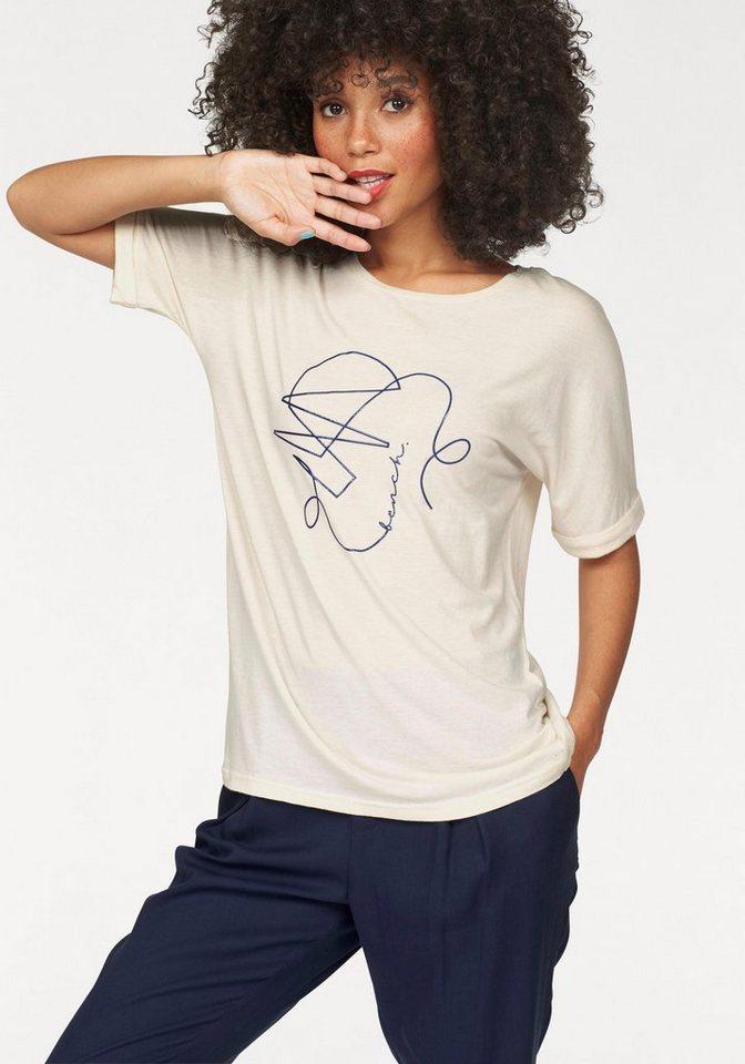 Bench T-Shirt mit 3D-Print vorne in offwhite