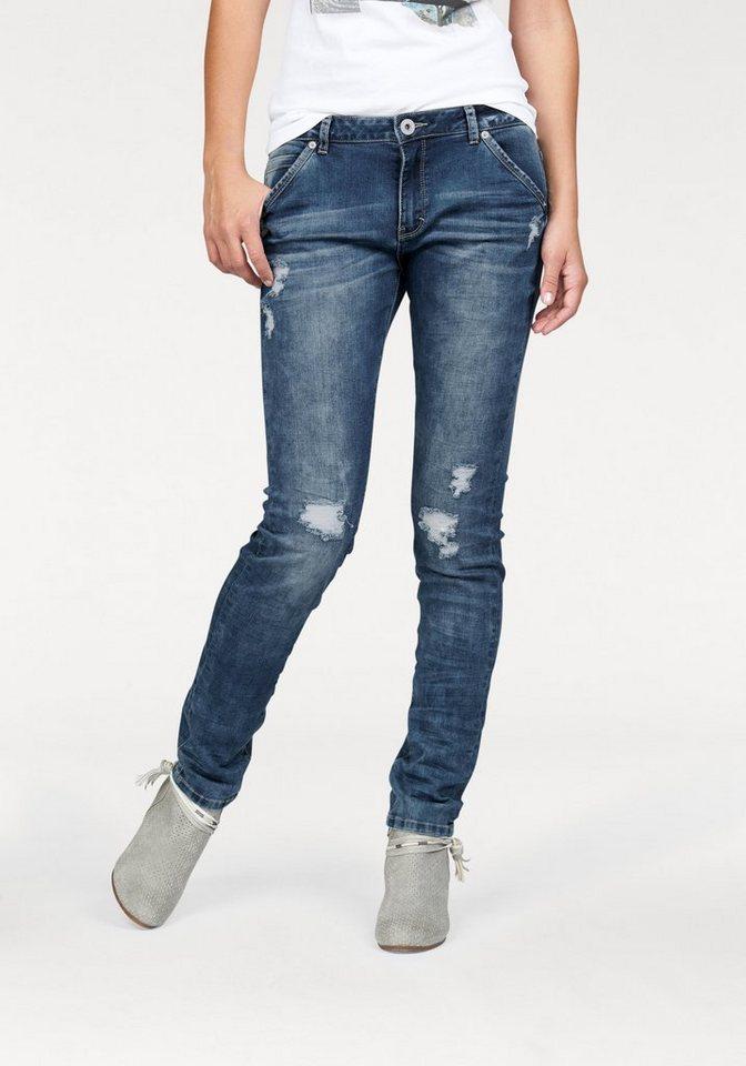 Q/S designed by Destroyed-Jeans »Megan« in Crash-Optik in blue-denim