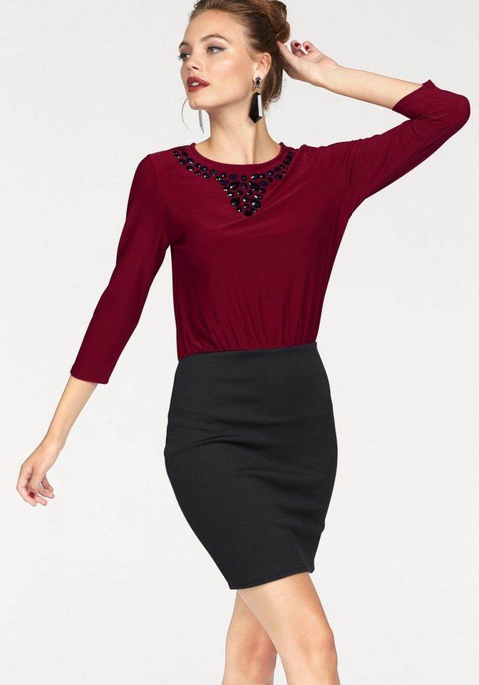Melrose Jerseykleid mit Schmucksteinen in rot-schwarz