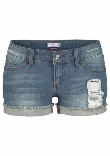 AJC Jeanshotpants, mit Patch am Oberschenkel