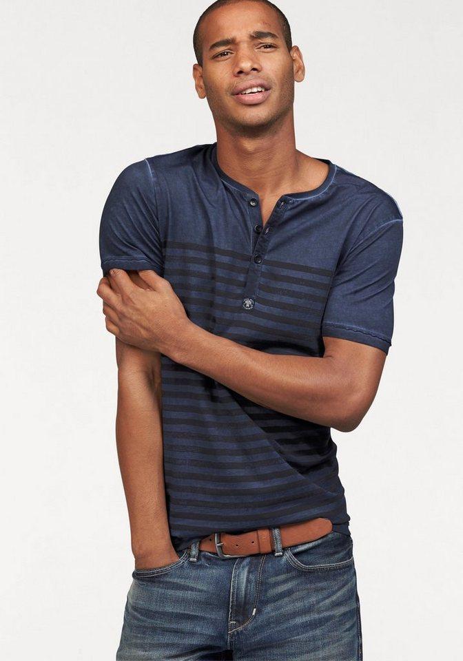 s.Oliver RED LABEL T-Shirt in Oil-Washed-Optik in blau-gestreift
