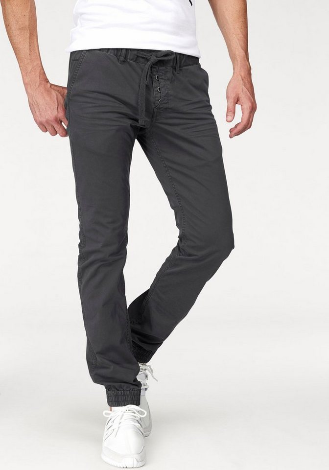 Q/S designed by Stretch-Hose in schwarz-washed