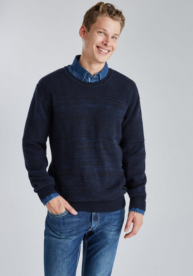 PIONEER Sweatshirt in blau