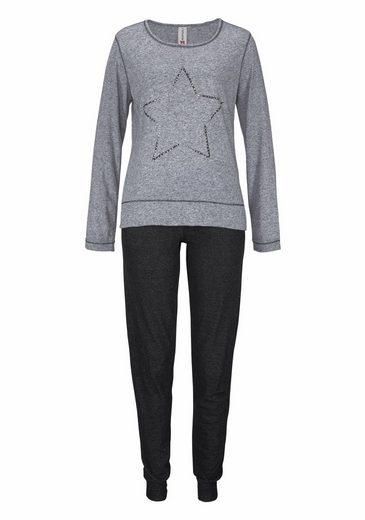 Rebelle Stylischer Pyjama mit Sternmotiv
