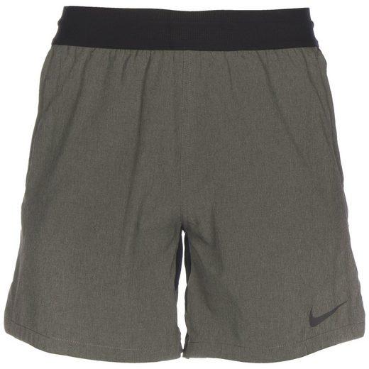 Nike Trainingsshorts »Pro«