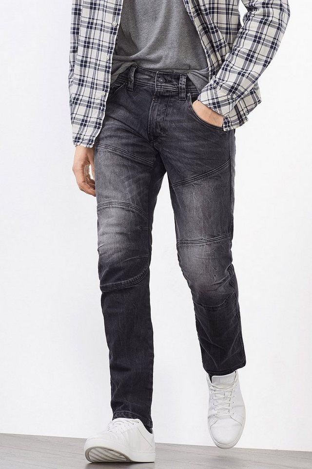 EDC Stretchige Jeans mit Abnähern in BLACK DARK WASHED