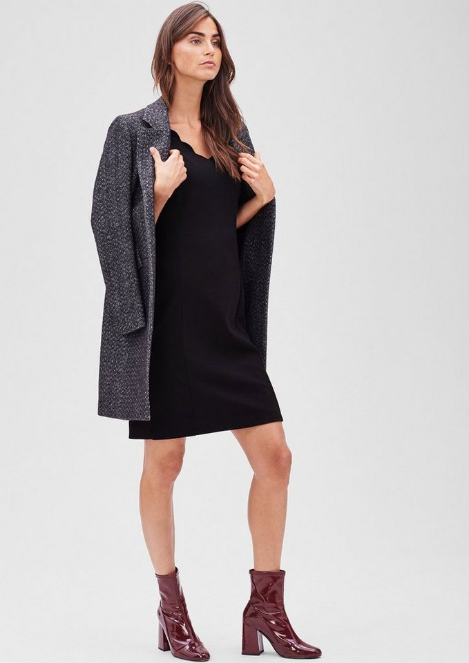 s.Oliver BLACK LABEL Jersey-Kleid mit welligem Ausschnitt in caviar black