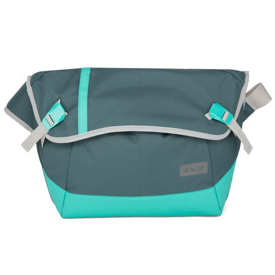 Aevor Messenger Bag Umhängetasche 49 cm in aurora green