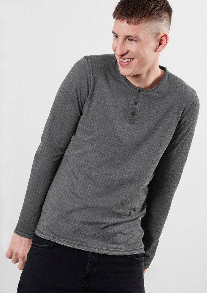 Q/S designed by Garment Dye-Henley mit Lochmuster in black grey