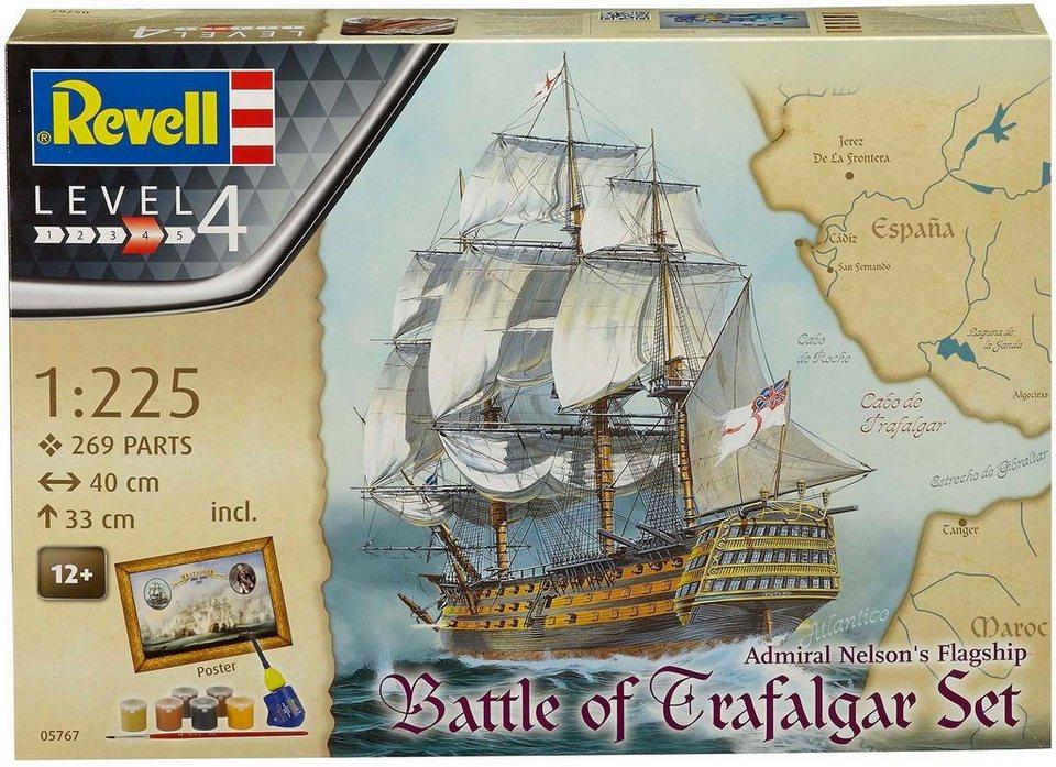 Revell Modellbausatz mit Zubehör, Maßstab 1:225, »Geschenkset Battle of Trafalgar«