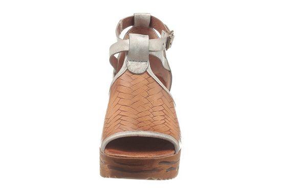 I'm walking Sandalette, mit Struktur in Used-Optik
