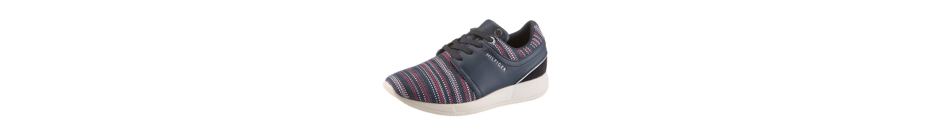 Tommy Hilfiger Sneaker, mit modischen Flechtdurchzuügen
