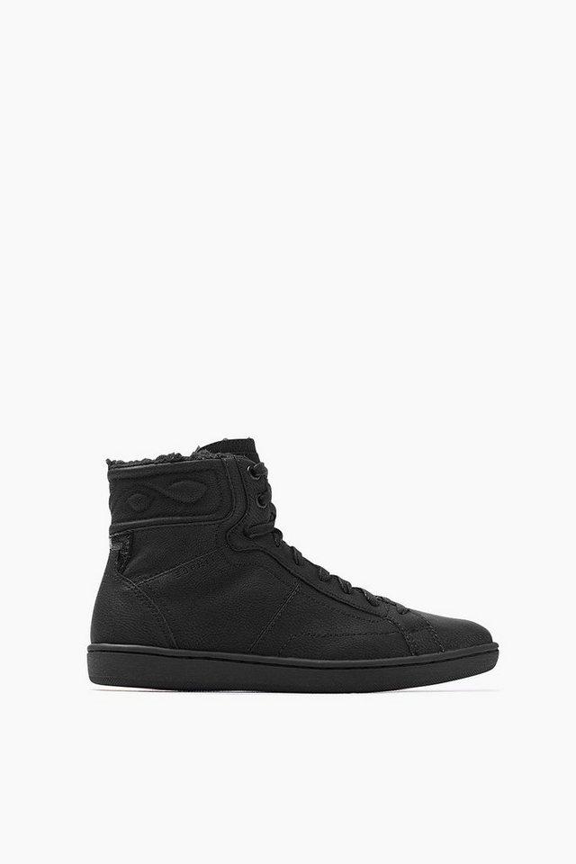 ESPRIT CASUAL Sneaker Bootie mit Webfell und Musternaht in BLACK