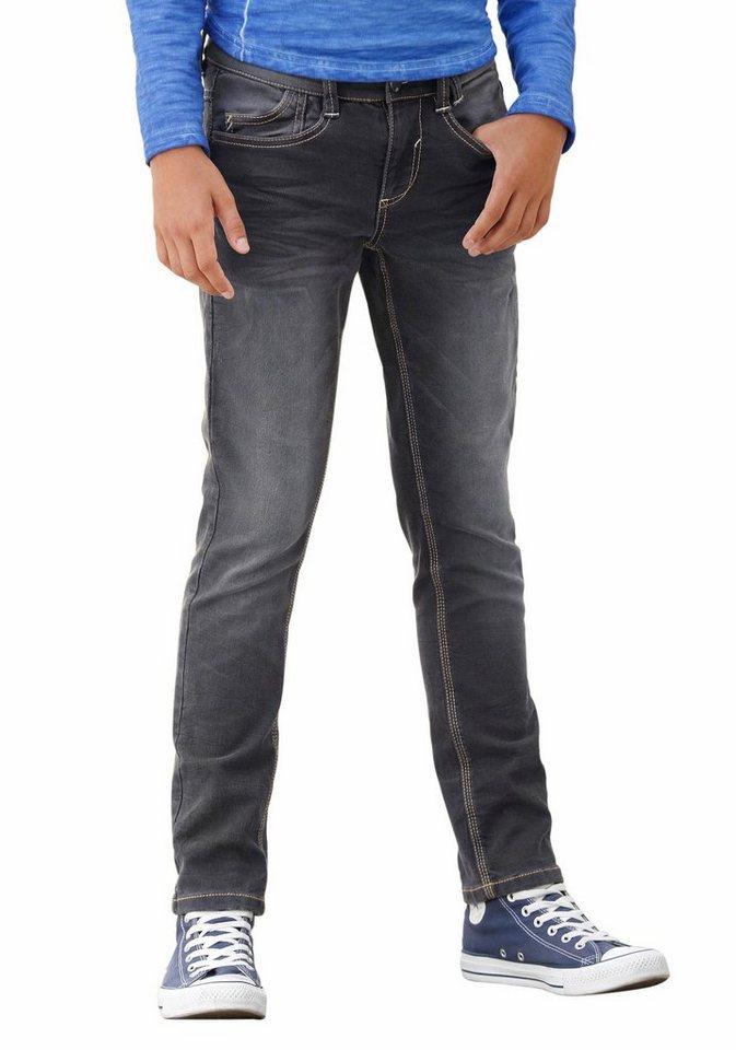 s.Oliver RED LABEL Junior Stretch-Jeans mit schmalem Bein in black-denim