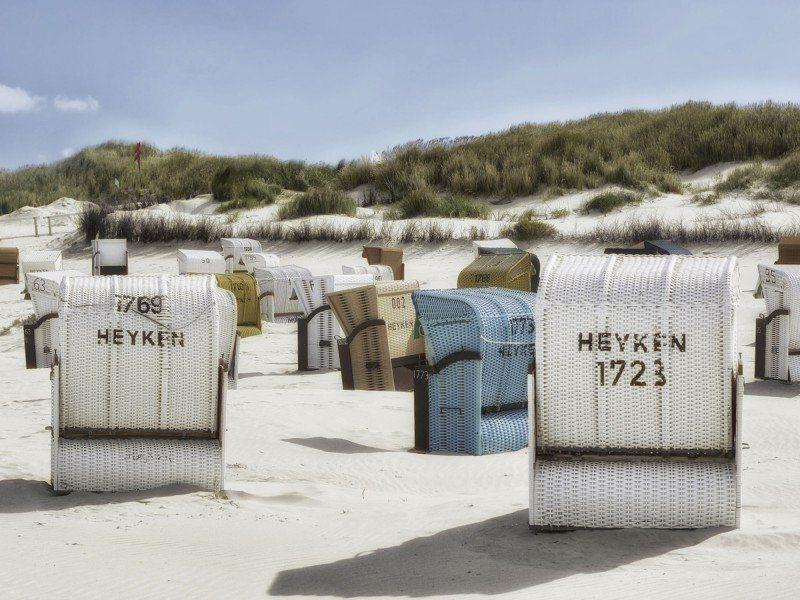 Artland Poster oder Leinwandbild »Landschaften Strand Fotografie Weiß« in Weiß