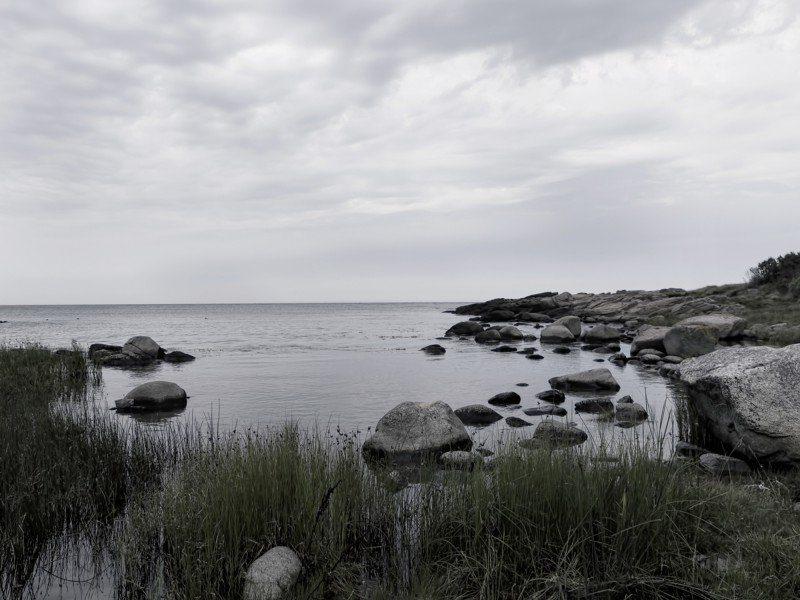 Artland Poster oder Leinwandbild »Landschaften Gewässer Meer Fotografie Grau« in Grau