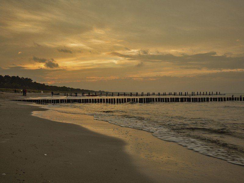 Artland Poster oder Leinwandbild »Landschaften Strand Fotografie Orange« in Orange