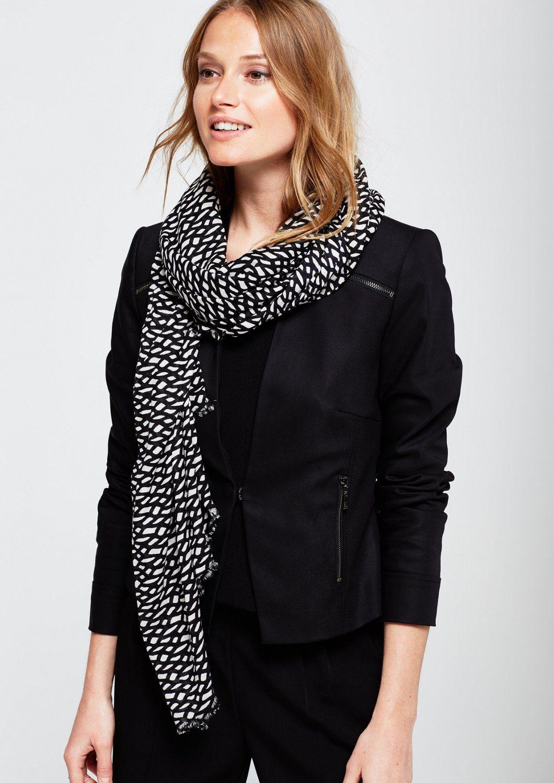 COMMA Eleganter Schal mit schön gestaltetem Allovermuster