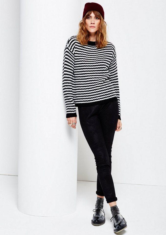 COMMA Kuscheliger Grobstrickpullover in Streifenoptik in black stripes