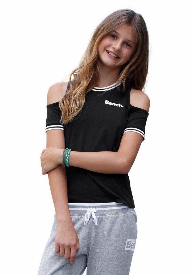 Bench T-Shirt mit modischen Cut-Outs in schwarz