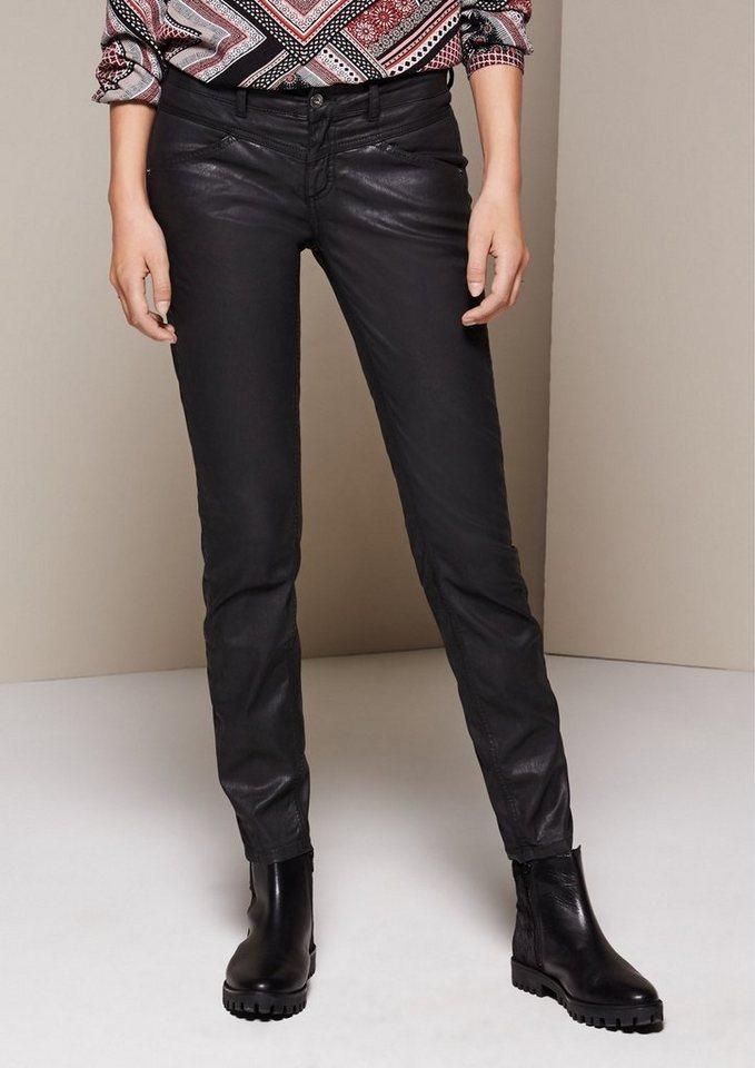 COMMA Jeans mit matt glänzender Beschichtung in black