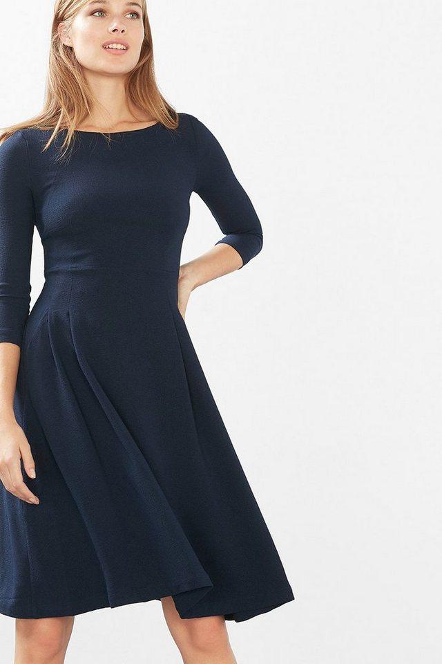 EDC Schwingendes Kleid aus Crêpe in NAVY